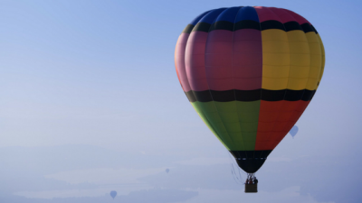 letting go as a leadership skill - hot air balloon